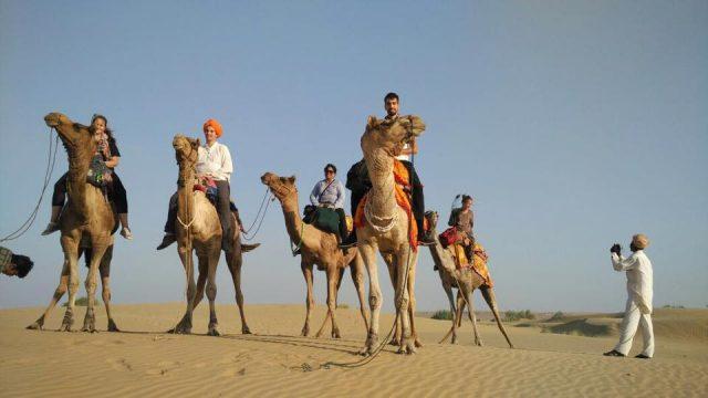 Visit the Thar desert in Rajasthan