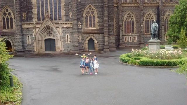 ILSC-Melbourne students outside St. Patrick's Cathedral